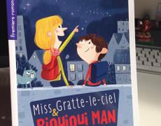 Miss Gratte-le-ciel et Riquiqui Man